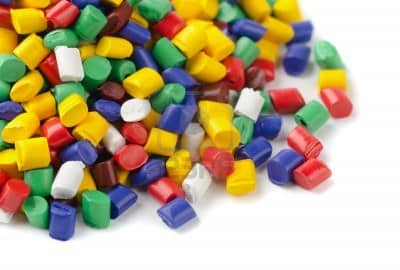 1998 – Distribuitor şi Comerciant de echipamente de prelucrare a maselor plastice